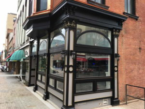 Simeon's reopened on the Commons this summer. 14850 Photo by Mark H. Anbinder.